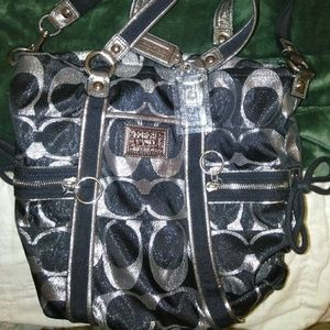 NWOT Coach poppy shoulder bag